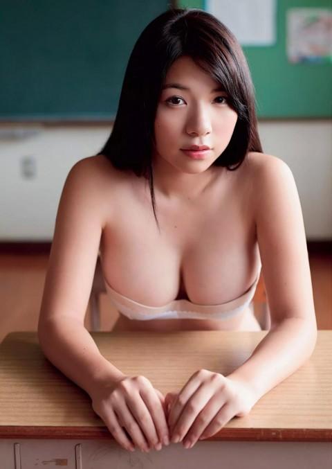 芹沢潤ちゃんのグラビアエロ画像_26