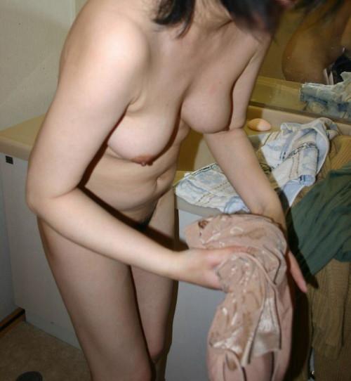 素人熟女ヌード画像 017