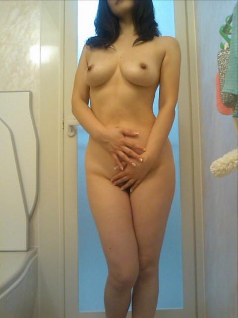 素人熟女ヌード画像 022