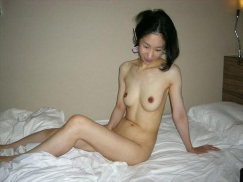 素人熟女ヌード画像 041