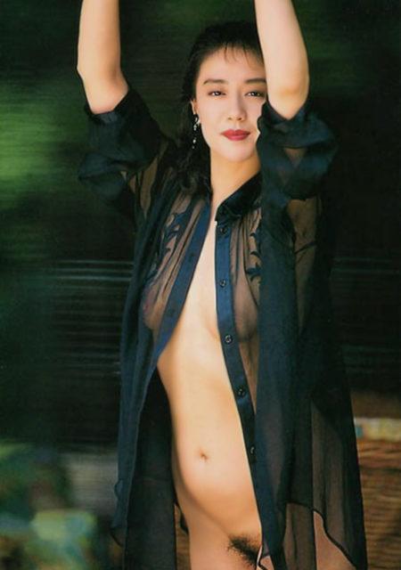 横山エミー 画像037