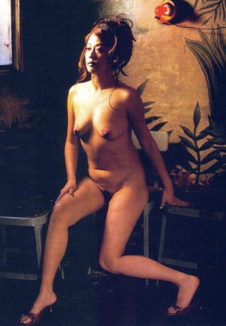 横山エミー 画像039