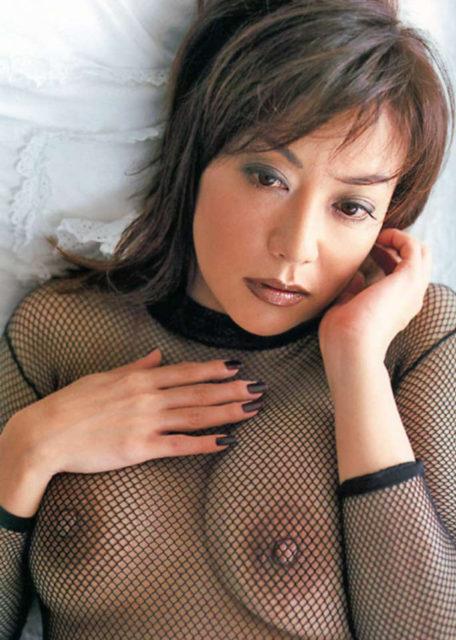 横山エミー 画像053