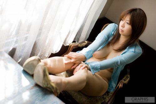 愛川みう 024