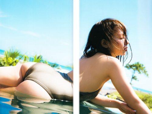 山田菜々 ヌード&水着画像031