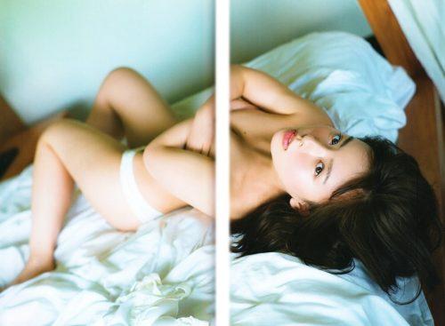 山田菜々 ヌード&水着画像056