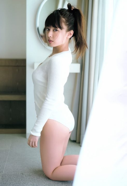 山田菜々 ヌード&水着画像092