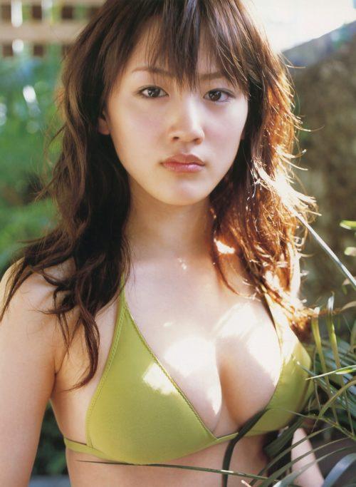 綾瀬はるか 水着画像102枚!写真集「HEROINE」で魅せたFカップおっぱいやグラマラスボディー! 綾瀬はるかエロ画像  表紙