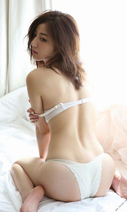 杉本有美 ランジェリー画像81枚!週プレ写真集の艶っぽくてセクシーな下着画像!