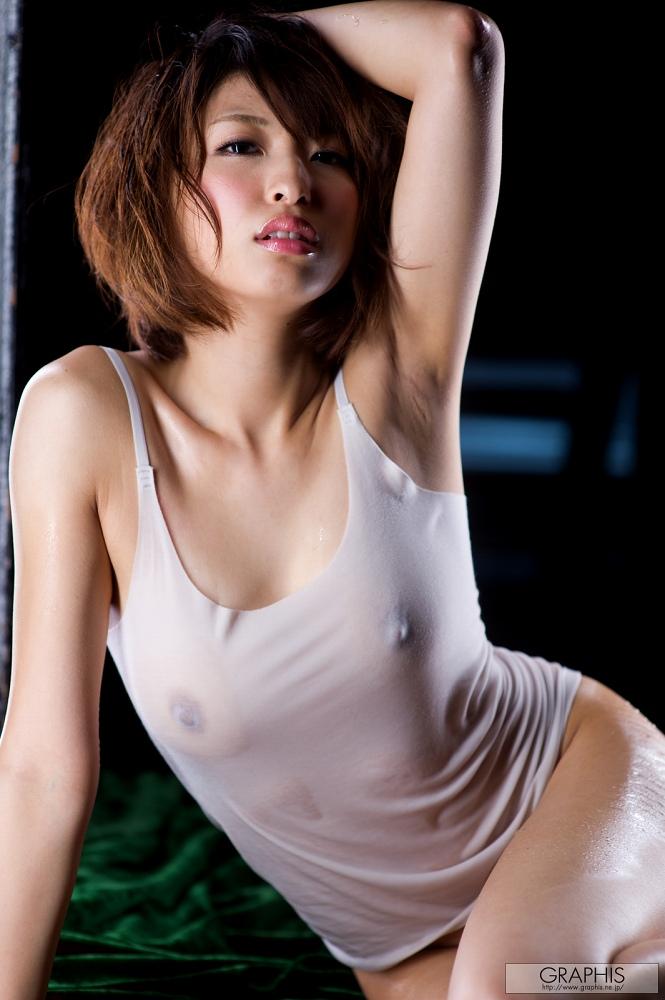 秋山祥子 ヌード画像95枚!Eカップの美乳に細いウエストが超グラマーでしゅ!