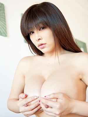 松坂南 ヌード画像003