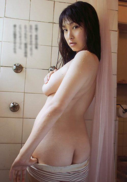 中川朋美 画像002