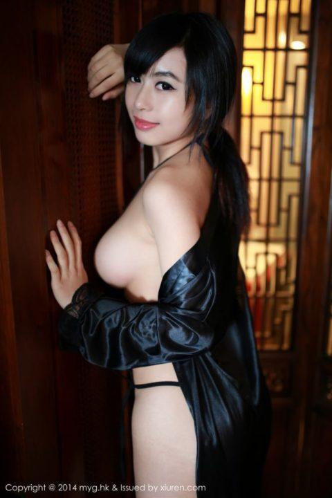 中国グラドル 黄可 画像025