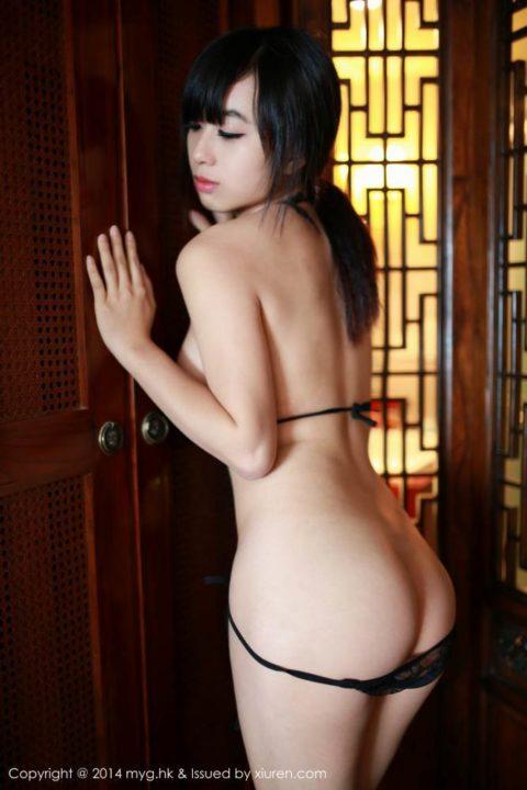 中国グラドル 黄可 画像033