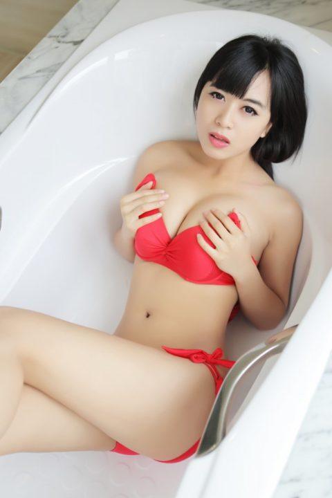 中国グラドル 黄可 画像082