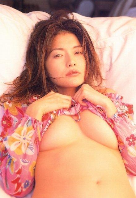 青田典子 画像019