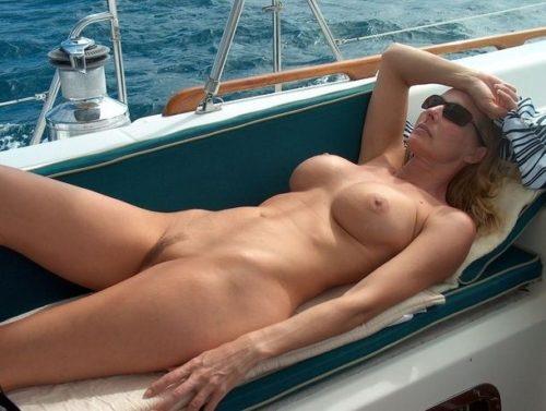 船上露出 画像089