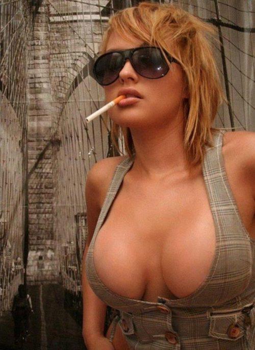 たばこヌード 画像010