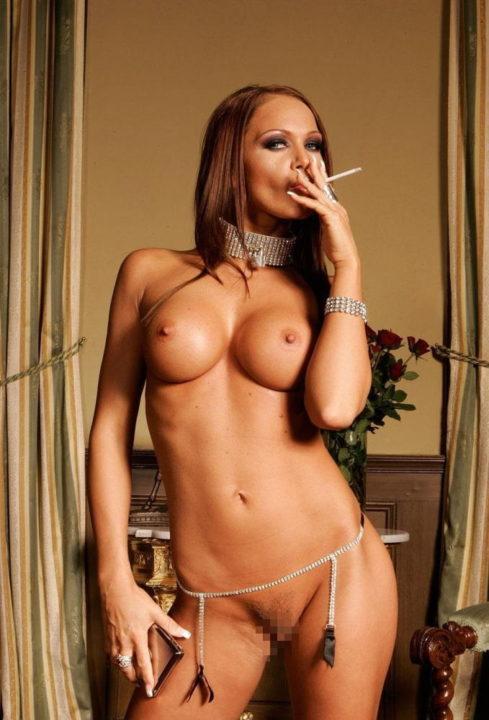 たばこヌード 画像022