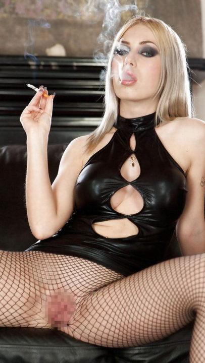 たばこヌード 画像073