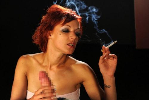 たばこヌード 画像087
