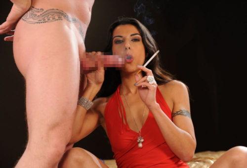 たばこヌード 画像097