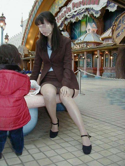 子連れママパンチラ 画像019