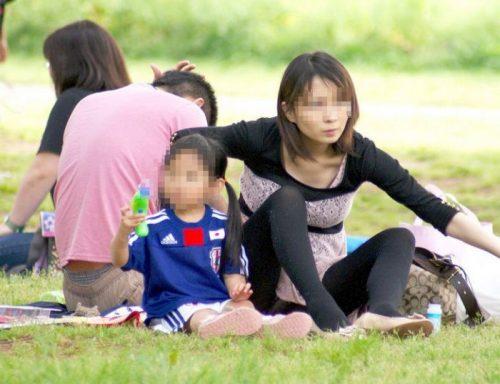 子連れママパンチラ 画像109