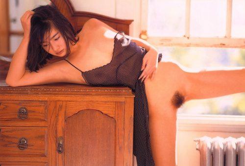 西尾悦子 画像003