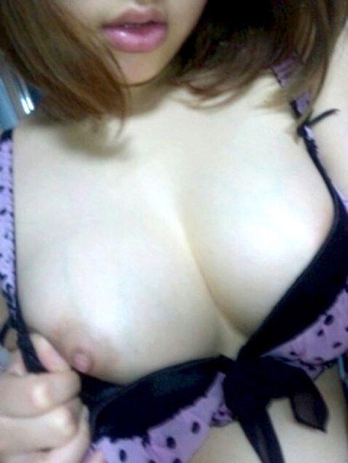 素人唇 自撮り画像069