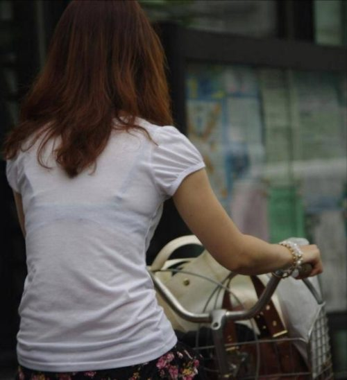 Tシャツ街撮り 画像050