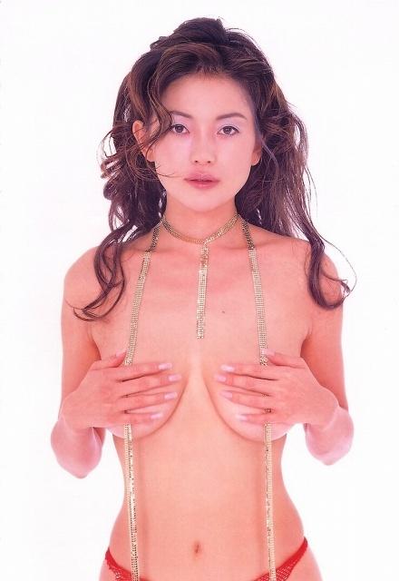 青田典子 画像086