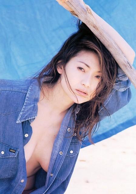 青田典子 画像151