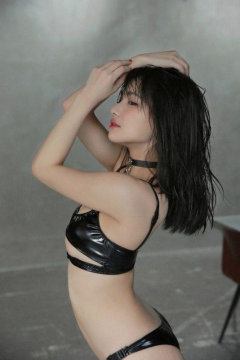 片岡沙耶 画像094