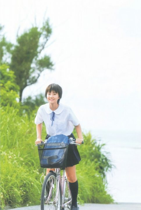 新井愛瞳 画像003
