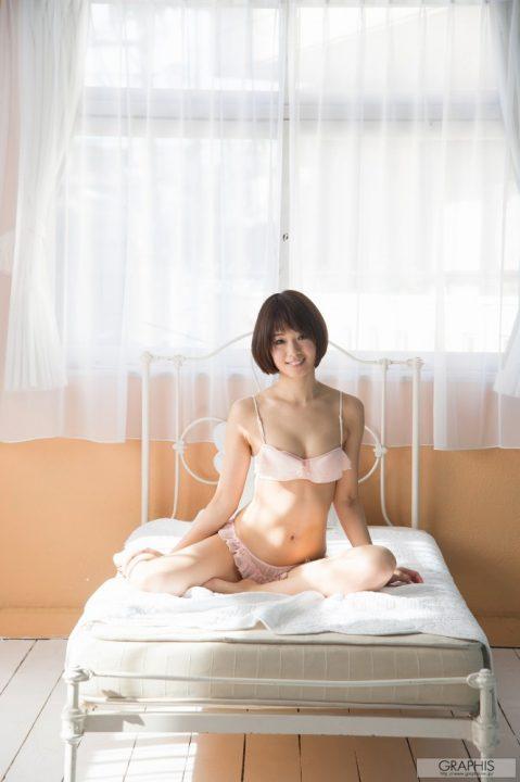 川上奈々美 036