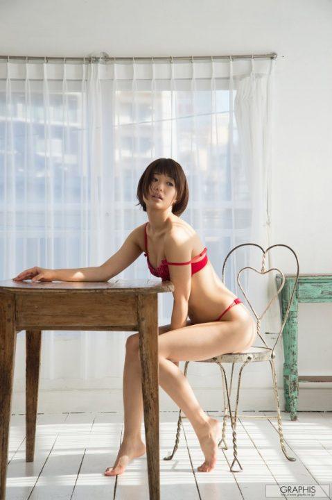 川上奈々美 067