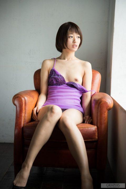 川上奈々美 084
