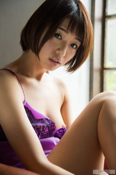 川上奈々美 086