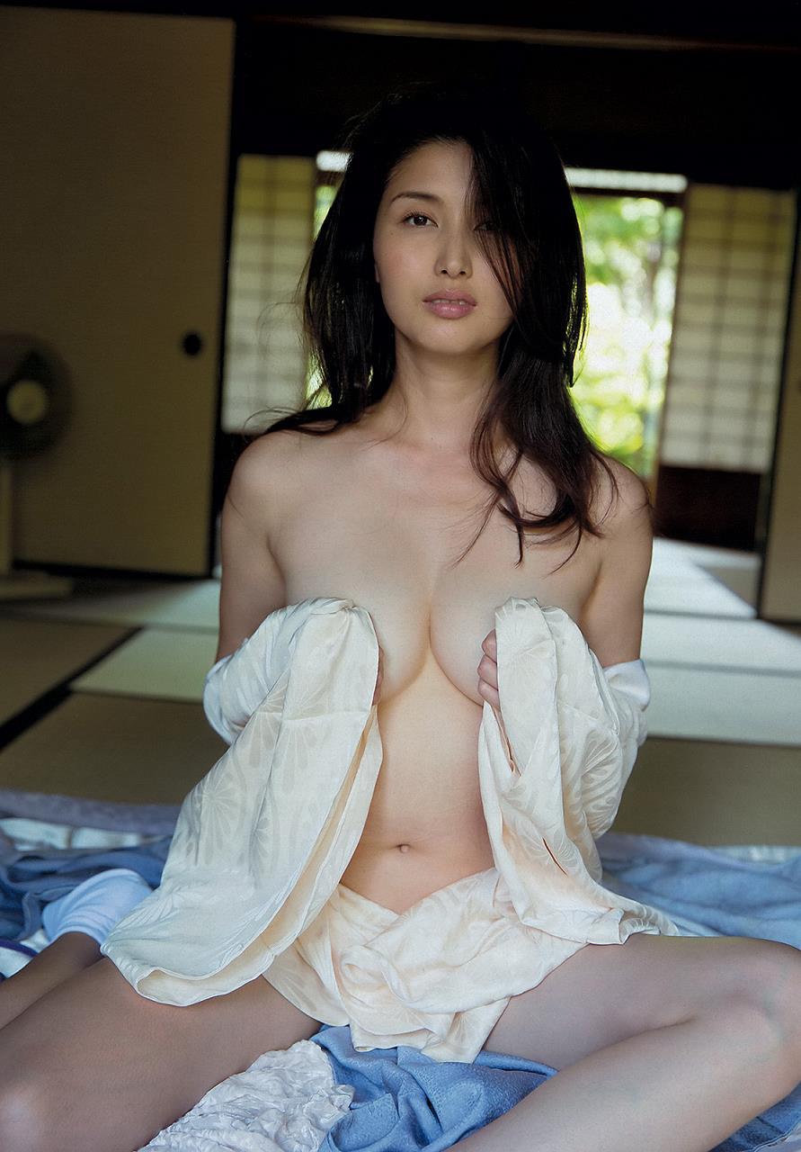 橋本マナミ アイコラ  ヌード