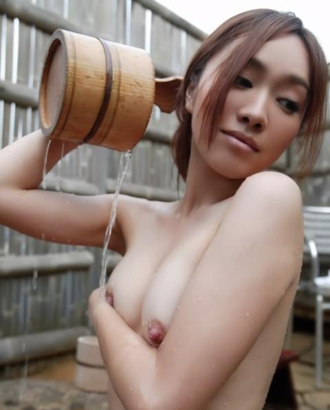 入浴ヌードエロ画像_036