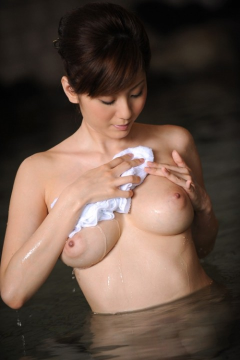 入浴ヌードエロ画像_042