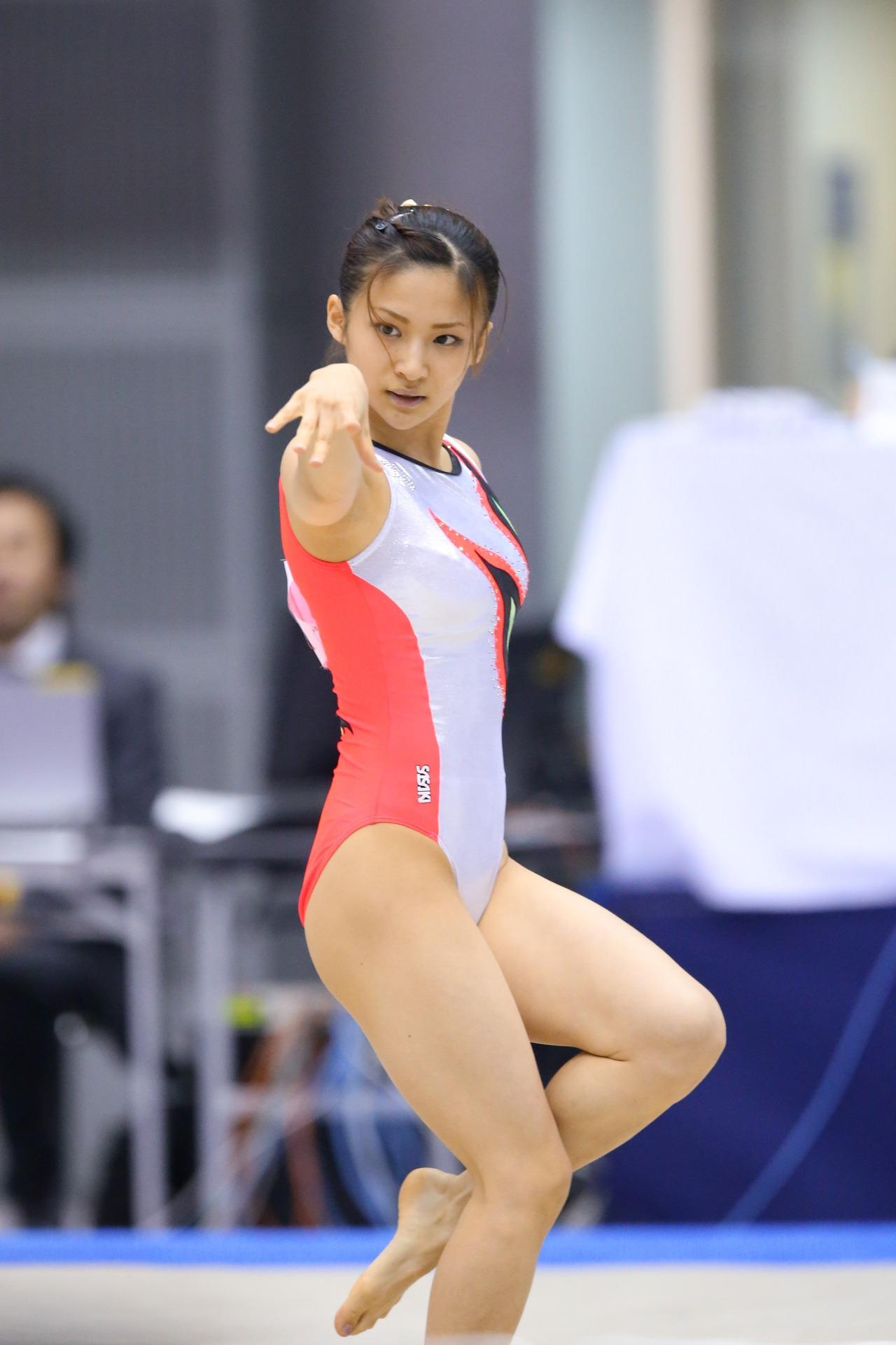 女子新体操選手の赤外線盗撮 新体操エロ画像