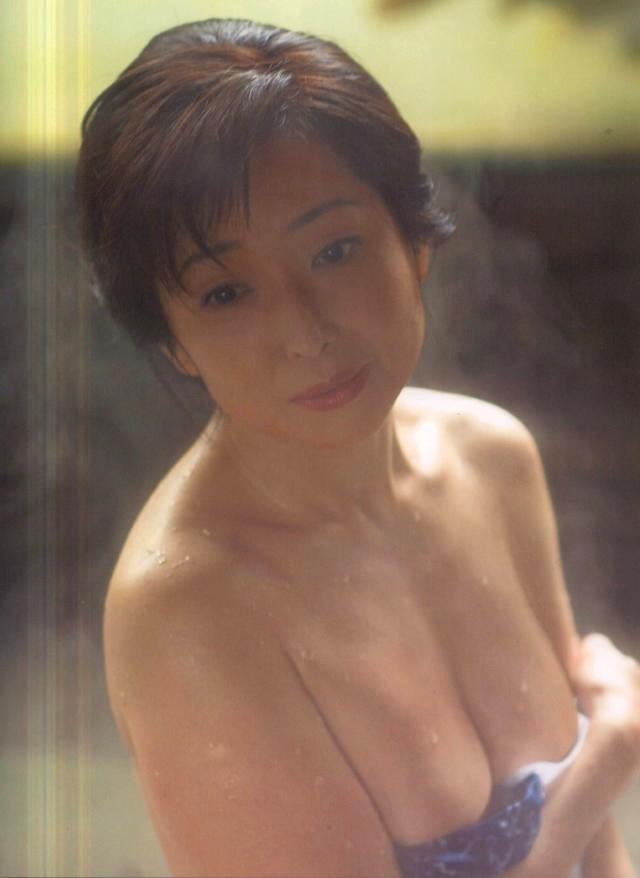 竹下景子 ヌード画像115枚!セミヌード&おっぱい濡れ場エロ画像!
