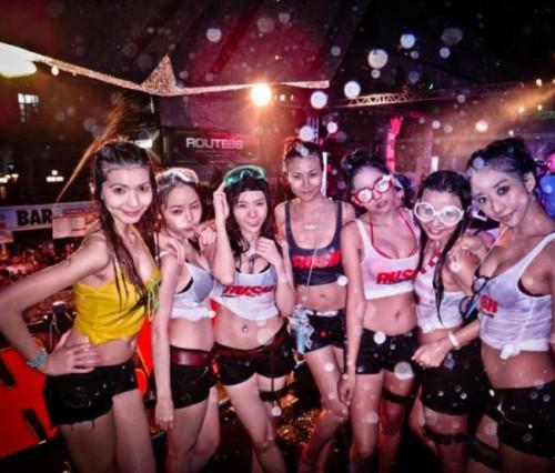 タイのお祭り画像 001