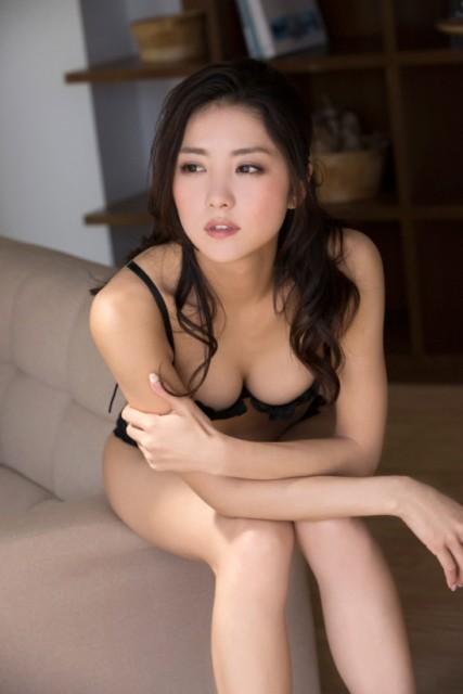 石川恋画像 001