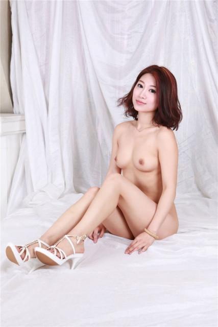 中国人ヌード 画像023