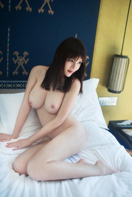 中国人ヌード 画像025