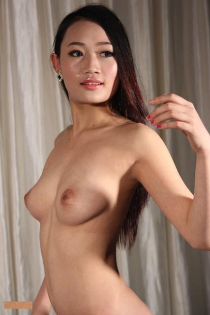 中国人ヌード 画像047