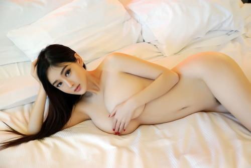 中国人ヌード 画像059